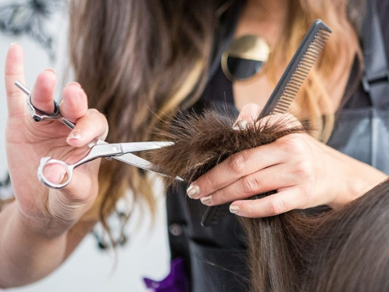 4 Simple Tricks To Find The Perfect Hair Salon