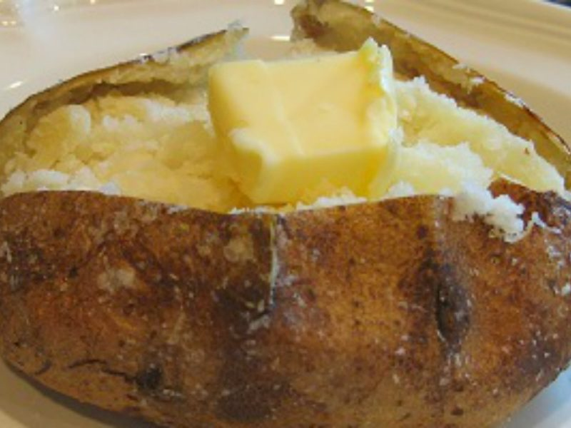 All You Need To Know When It Comes To Baking A Perfect Potato